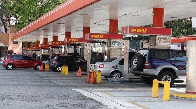 suministro de combustible