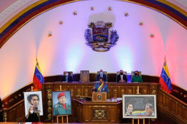 retorno del presidente Maduro al Parlamento