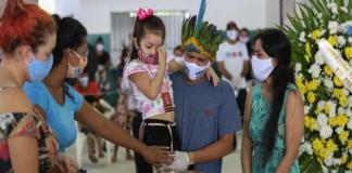 Más de 900 indígenas de Brasil