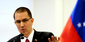 Venezuela saluda