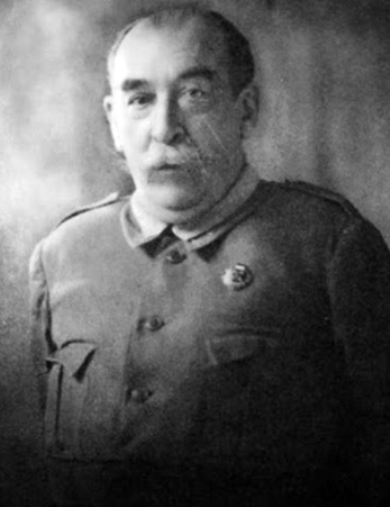 José Ángel Valente-el uniforme del general 2