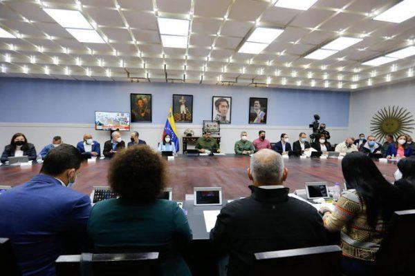 Maduro en Consejo de Ministros: apoyaremos 34 leyes del Plan Legislativo