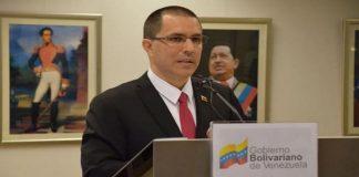 Arreaza desmiente a Gobierno del Perú