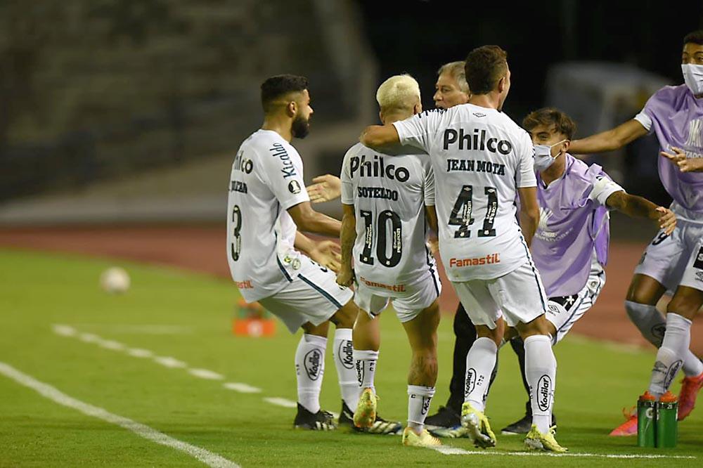 Soteldo-Santos- Lara- Copa Libertadores