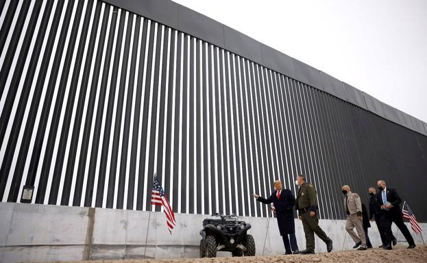 EE.UU suspende construcción de muro con México