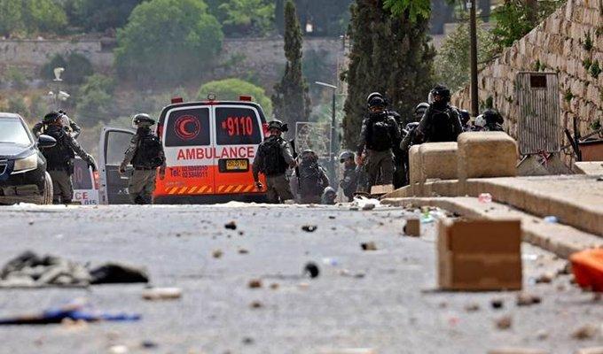 300 palestinos