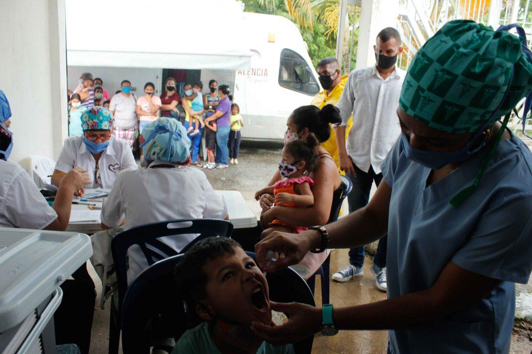 vacunación en Ciudad Plaza