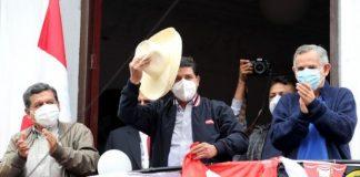 Castillo lidera elecciones en Perú