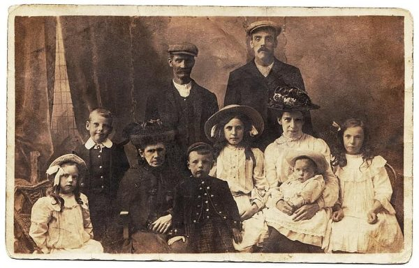 asunto de familia-Salvador Garmendia