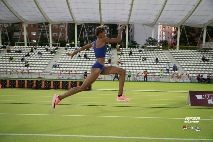 Yulimar Rojas domina triple salto