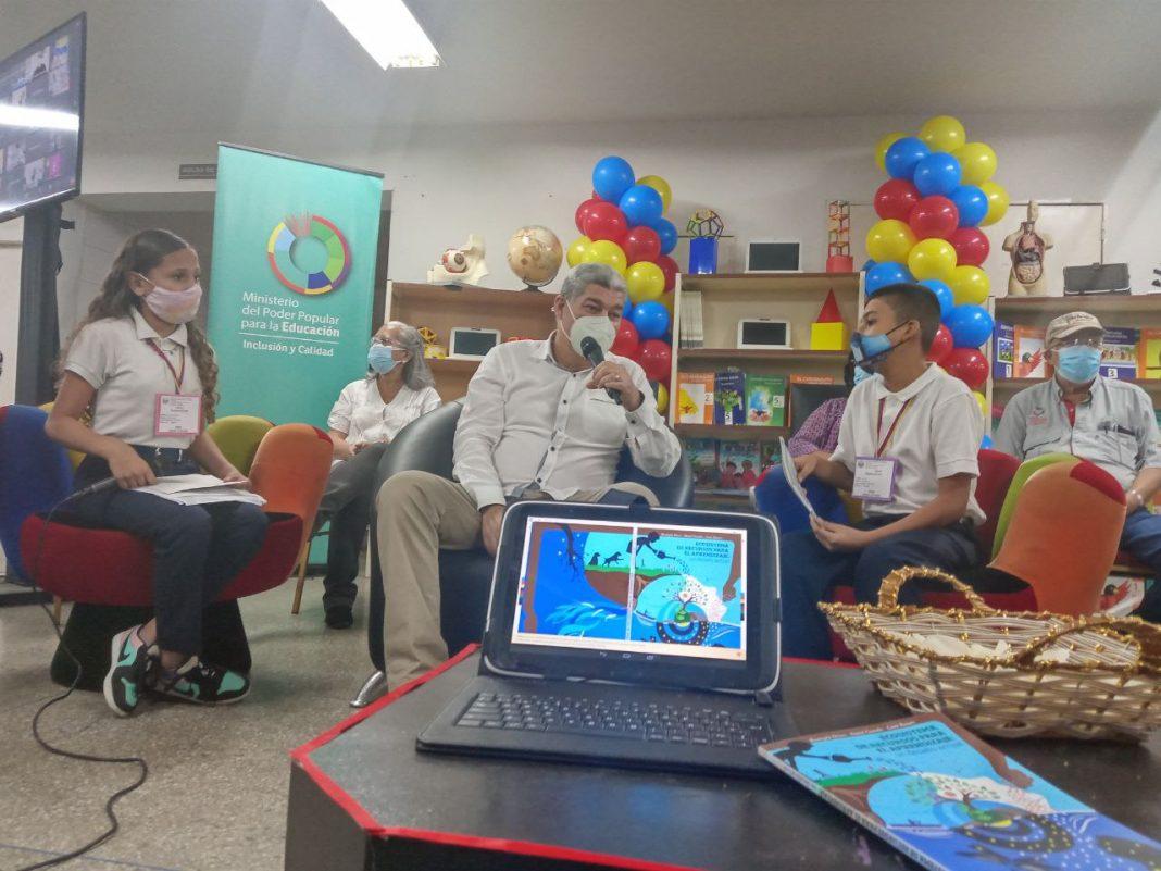 clases presenciales-ministro Piñate
