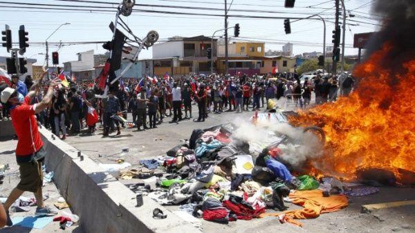 queman pertenencias de migrantes